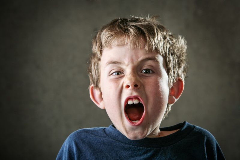 ataque ira niños
